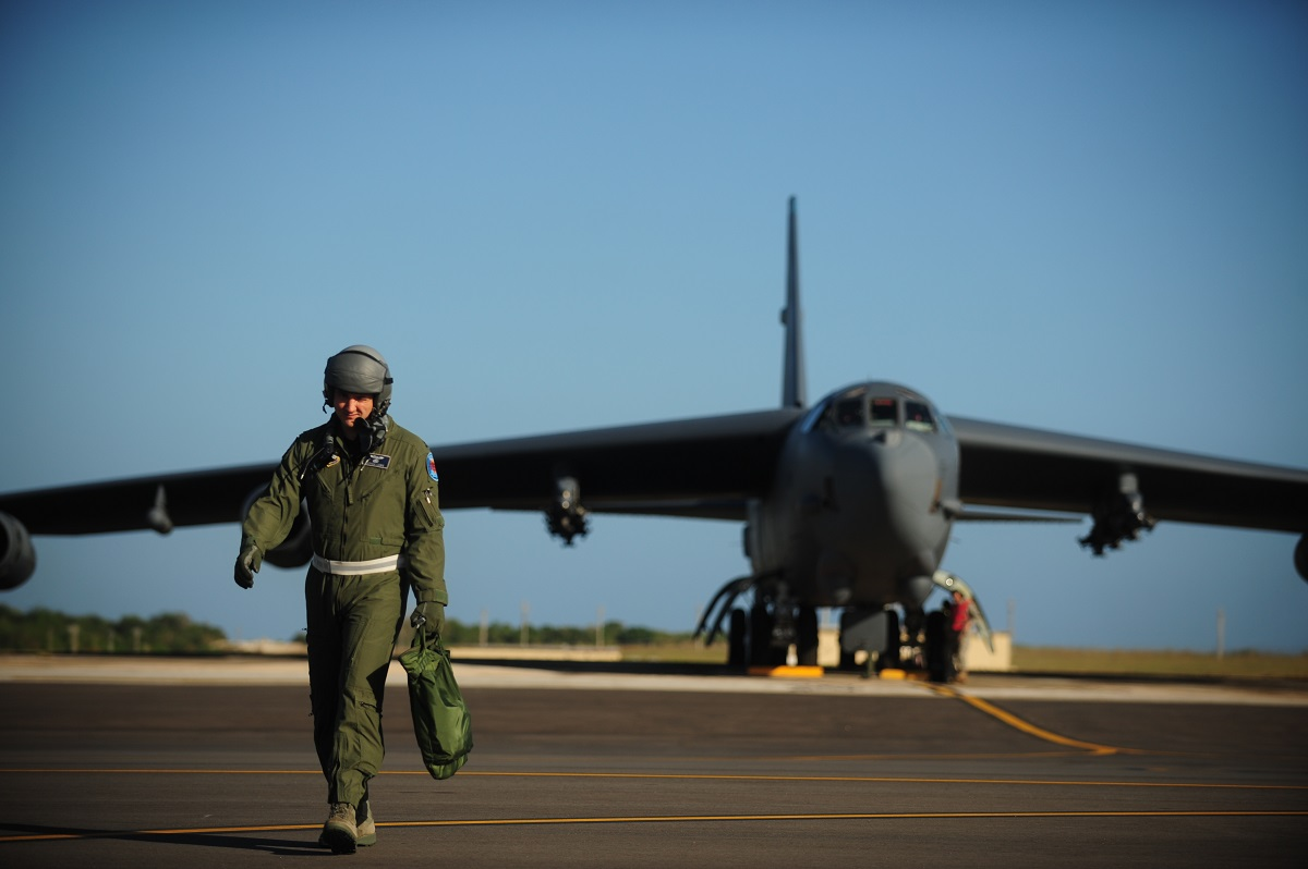 The Air Force is throwing money at pilots to stay. Fewer and fewer are interested.