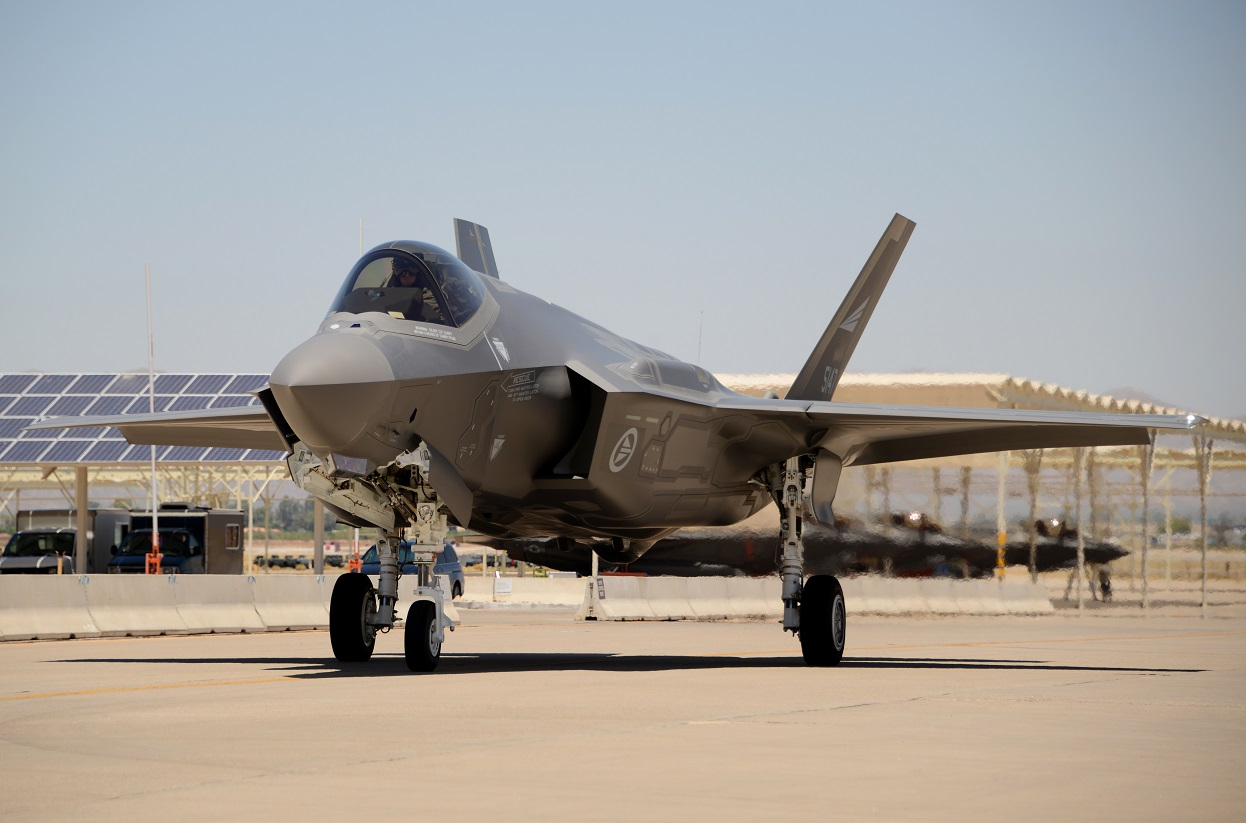 A Norwegian F-35 taxis in after landing on the runway June 29, 2017, at Luke Air Force Base, Ariz. (Airman 1st Class Alexander Cook/U.S. Air Force)