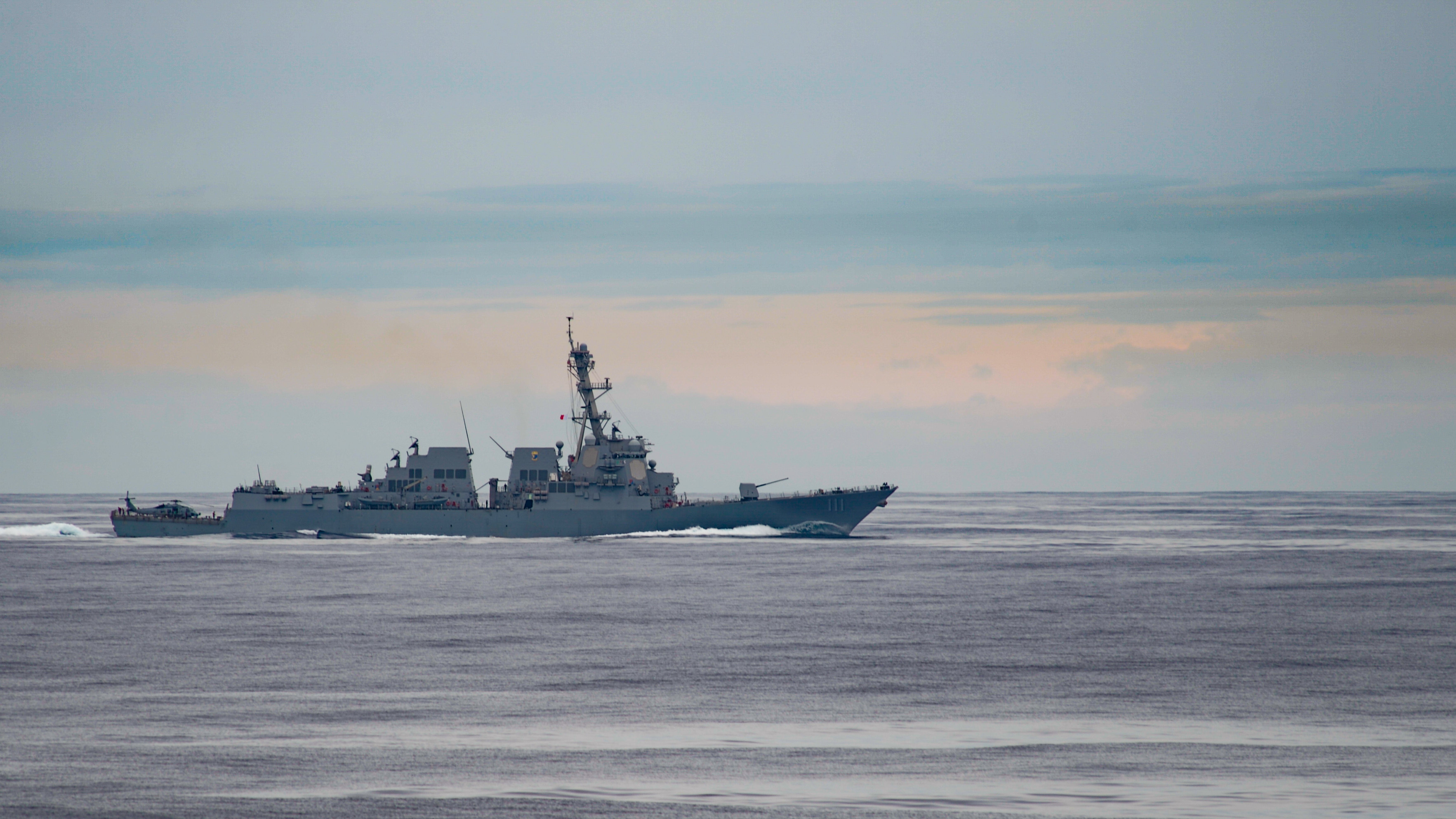 The destroyer Spruance steaming in the Pacific Ocean. The acting Navy Secretary has doubled down on the 355-ship goal set by the Navy's 2016 force structure assessment. (U.S. Navy photo by MC3 Sean Lynch)