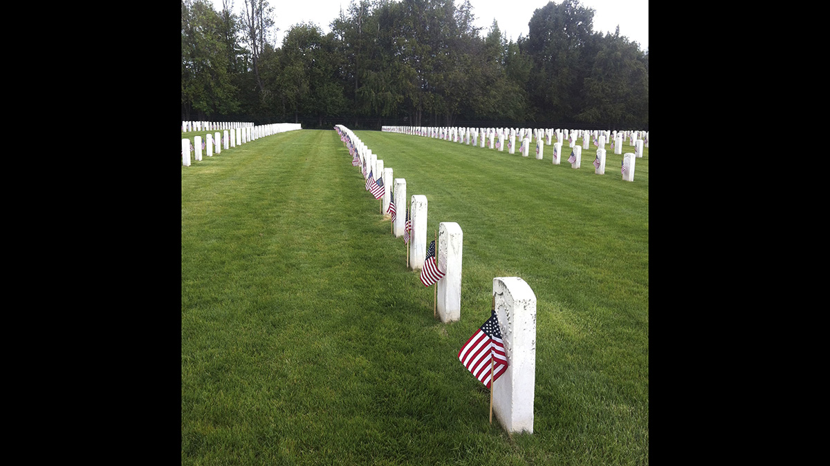Roseburg (Ore.) National Cemetery observes Memorial Day in 2013. (Veterans Affairs Department)