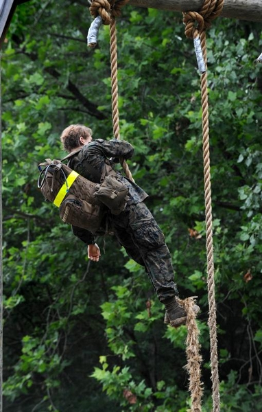 first female marine to graduate from infantry officer course
