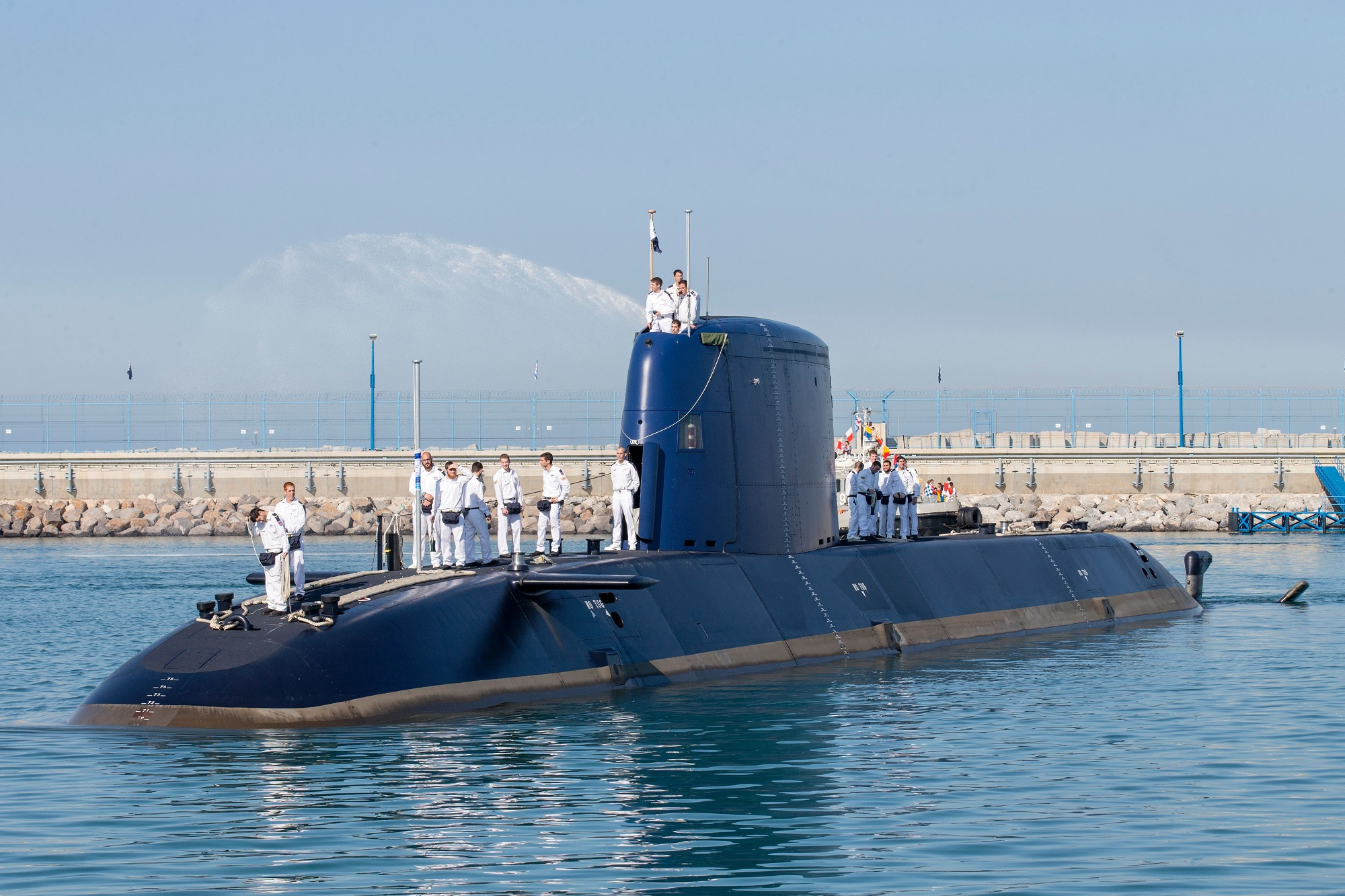 The German-made INS Rahav, the fifth Israeli Navy submarine, arrives at the military port of Haifa on Jan. 12, 2016. (Jack Guez/AFP via Getty Images)