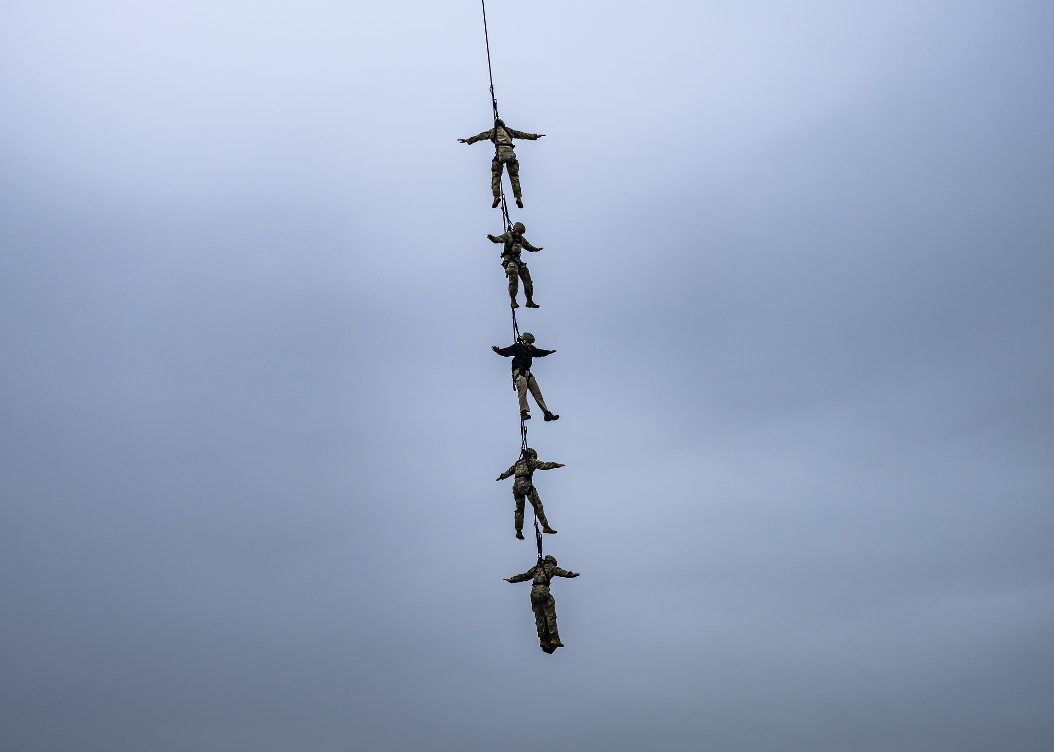 Indiana National Guard soldiers conduct rappel and special patrol infilitration/exfiltration system training on April 24, 2019, at Camp Atterbury, Ind. (National Guard)