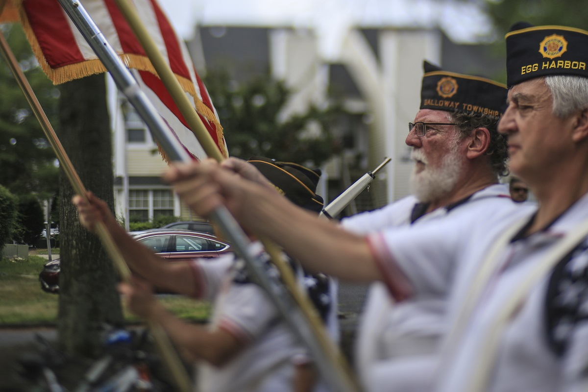 American Legion honor guard members perform in the Historic Smithville Fourth of July parade in Smithville, N.J., July 4, 2018. (U.S. Air National Guard/Master Sgt. Matt Hecht)