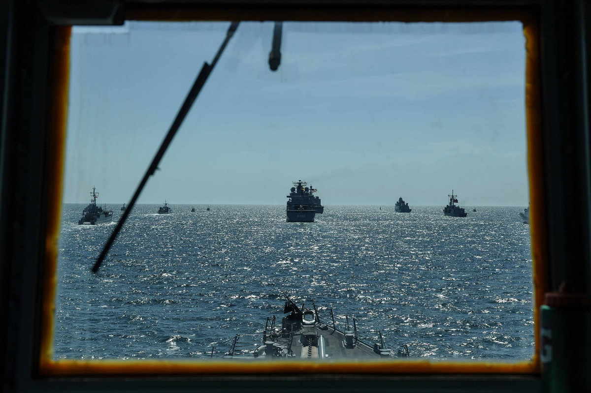 The view of the BALTOPS fleet from inside the Arleigh Burke-class guided-missile destroyer Bainbridge, as captured June 9. (Theron J. Godbold/U.S. Navy)
