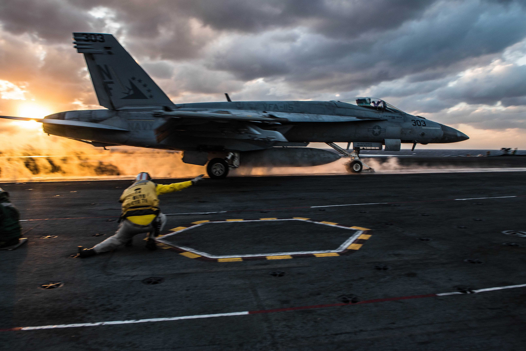 An F/A-18E Super Hornet of Strike Fighter Squadron (VFA) 115 launches from the flight deck of the Navy's forward-deployed aircraft carrier USS Ronald Reagan (CVN 76) on Nov .11, 2017, in the western Pacific Ocean. (MC2 Janweb B. Lagazo/Navy)