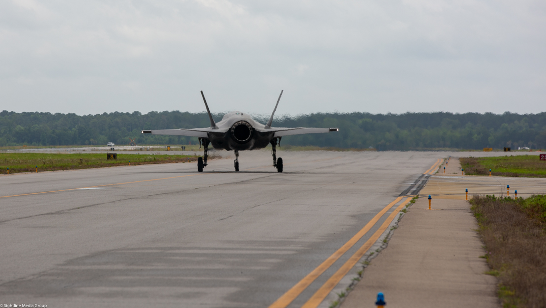 A USMC F-35B taxis after a vertical landing at MCAS Beaufort in South Carolina.(Jeff Martin/Staff)