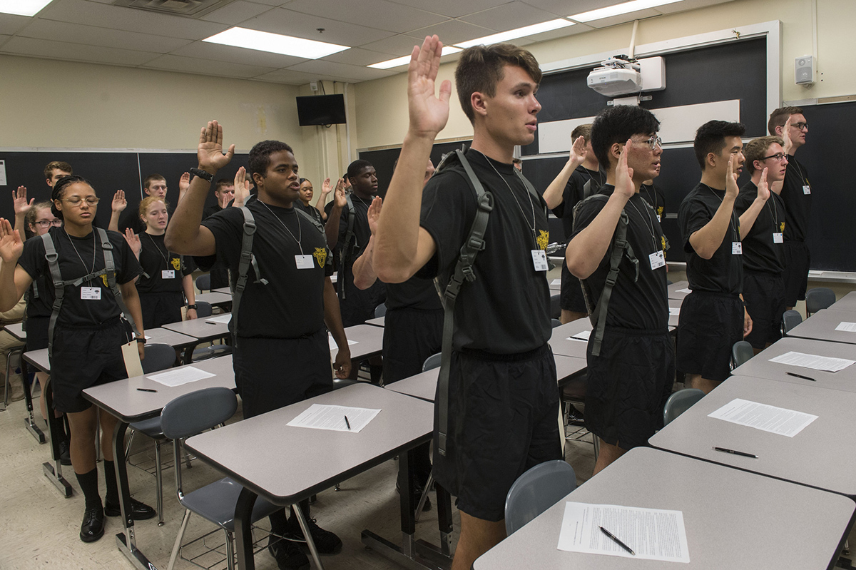 New recruit cadets recite the Oath of Allegiance in a classroom in Thayer Hall on July 2, 2018, at the U.S. Military Academy at West Point, N.Y. The Class of 2022 is composed of 294 women, 30 percent minorities, 16 international students and 10 combat veterans. (Bryan Ilyankoff/Army)