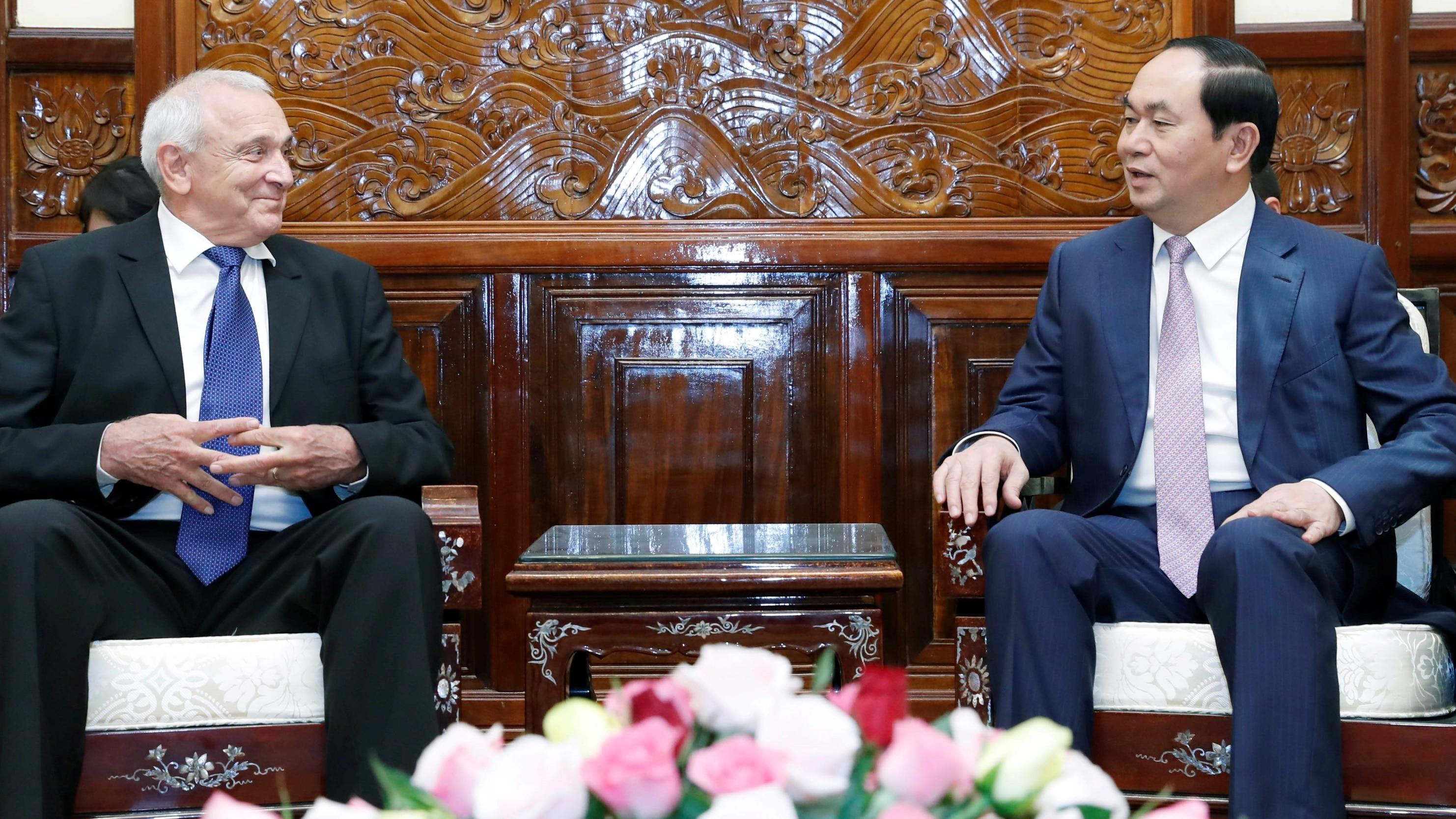 Vietnam seeks closer defense trade ties with Israel
