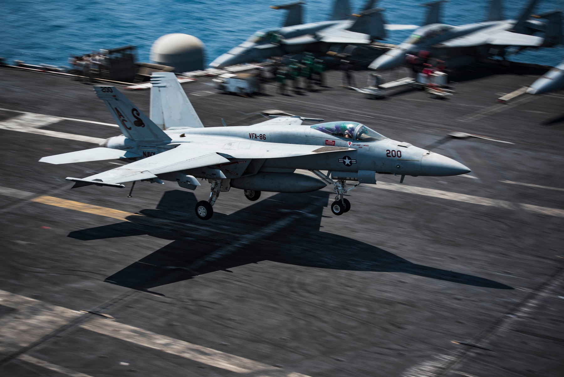 Navy F/A-18E Super Hornet shoots down Syrian jet after it attacks US allies