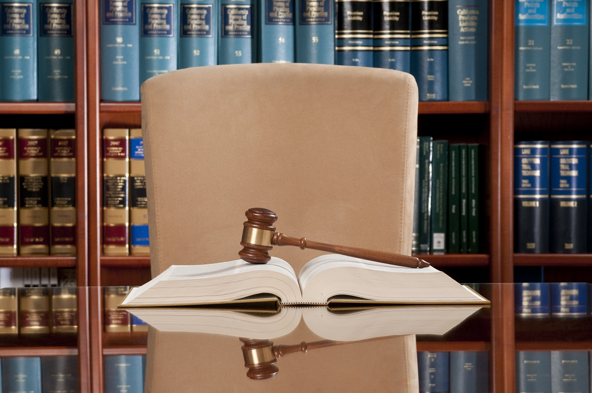 The boss has three reasons to side with the lawyer. Here's how you can overcome the lawyer's advantages. (Spiderplay/Getty Images)