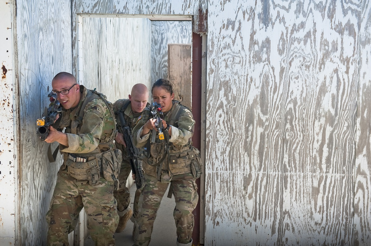 Will longer basic training make stronger infantrymen? The Army is adding 8 weeks to OSUT to find out
