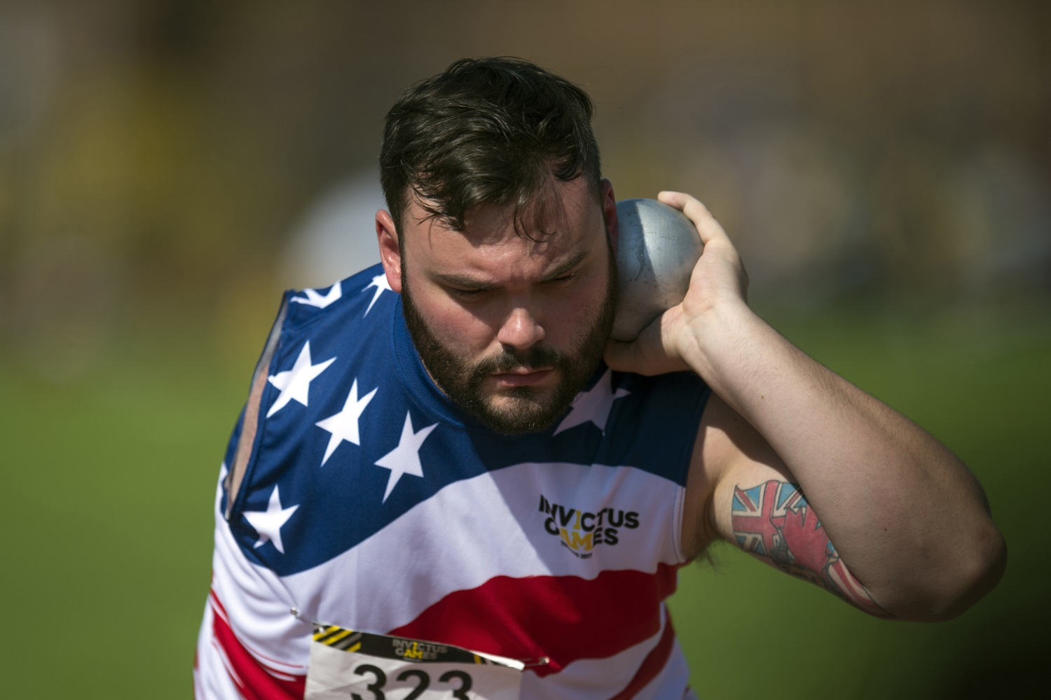 Retired Air Force Senior Airman Lucas Purser throws shot put during the athletics finals of the 2017 Invictus Games in Toronto, Canada, on Sept. 25, 2017. (EJ Hersom/DoD)