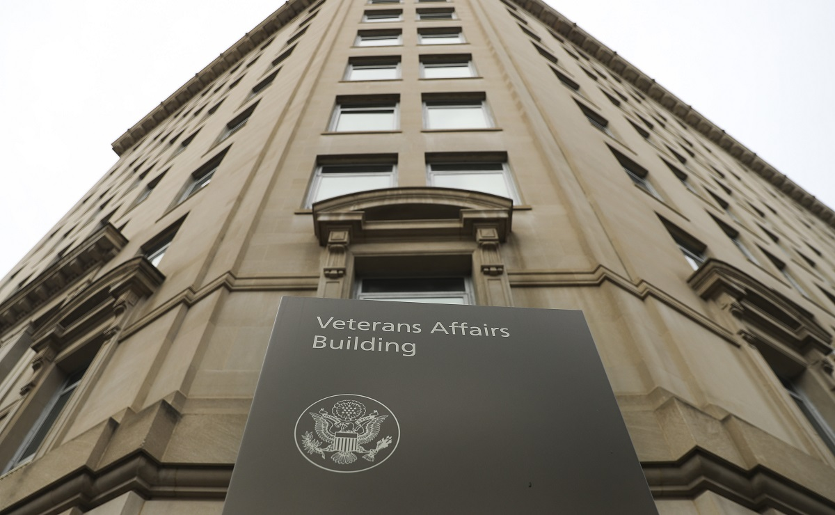 VA chief of staff resigns amid secretary's travel scandal