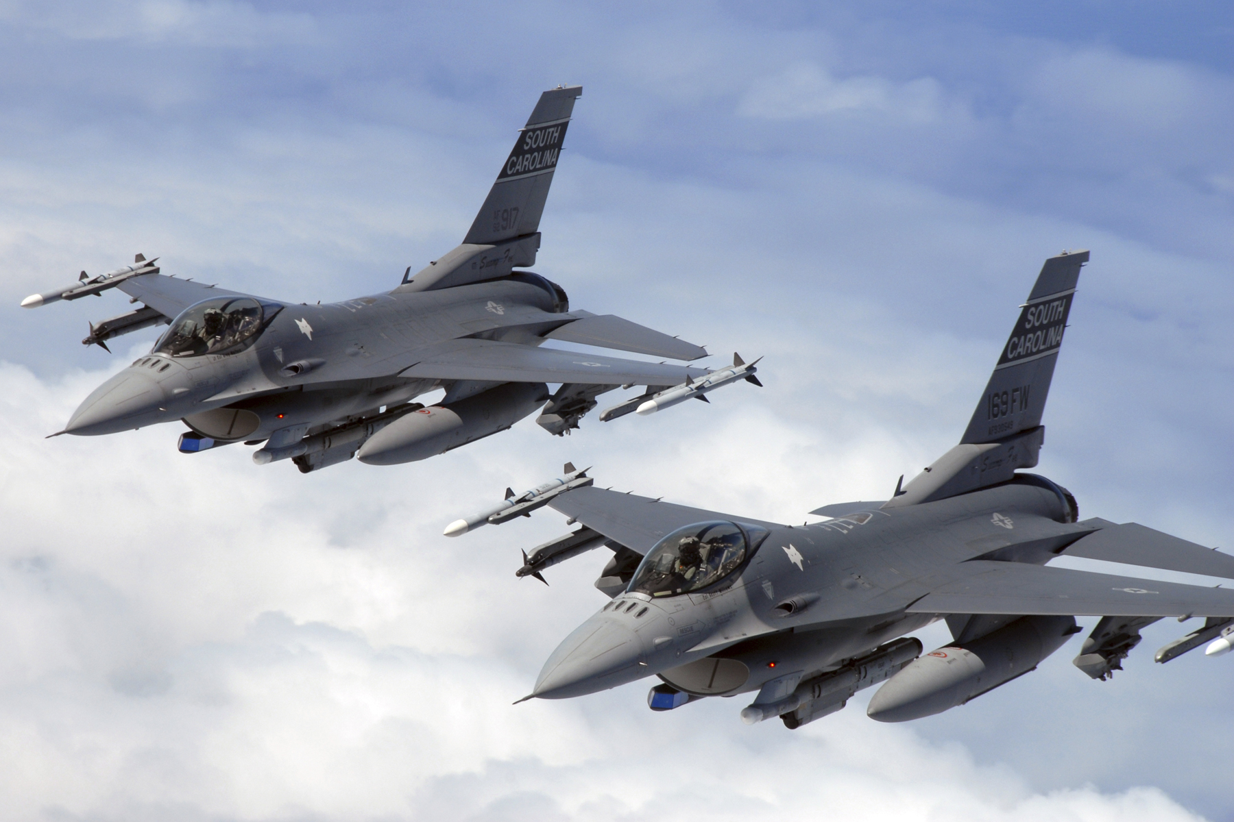 Air Force: No plans to recall retired pilots to fix shortage