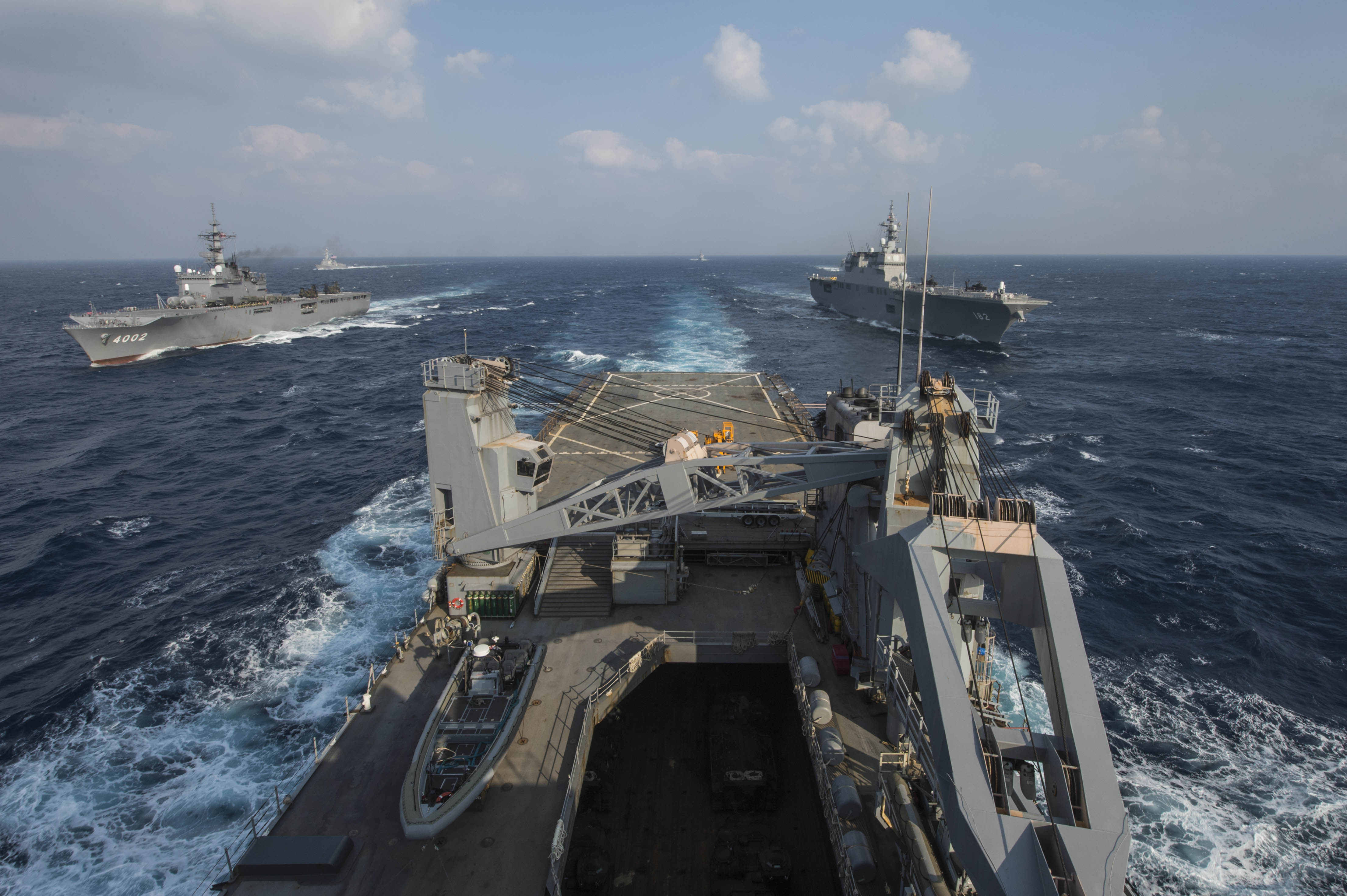 Japan joins US Navy in Pacific exercise