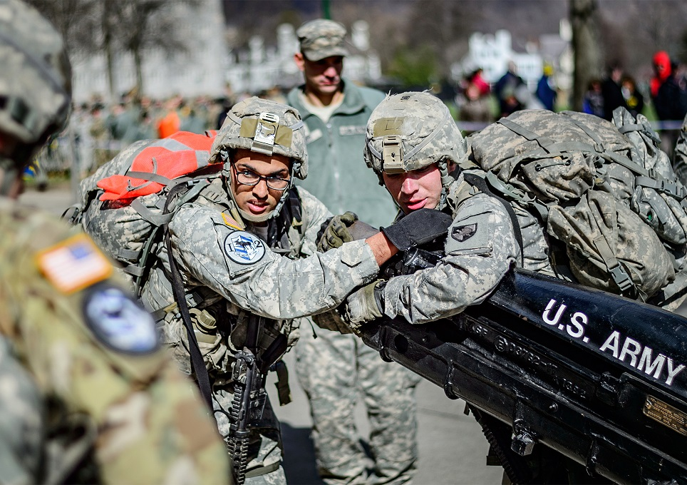 U.S. Military Academy cadets from Company I-2 negotiate the final event of the 2017 Sandhurst Military Skills Competition at West Point, New York. (Maj. Scot Keith/Army)