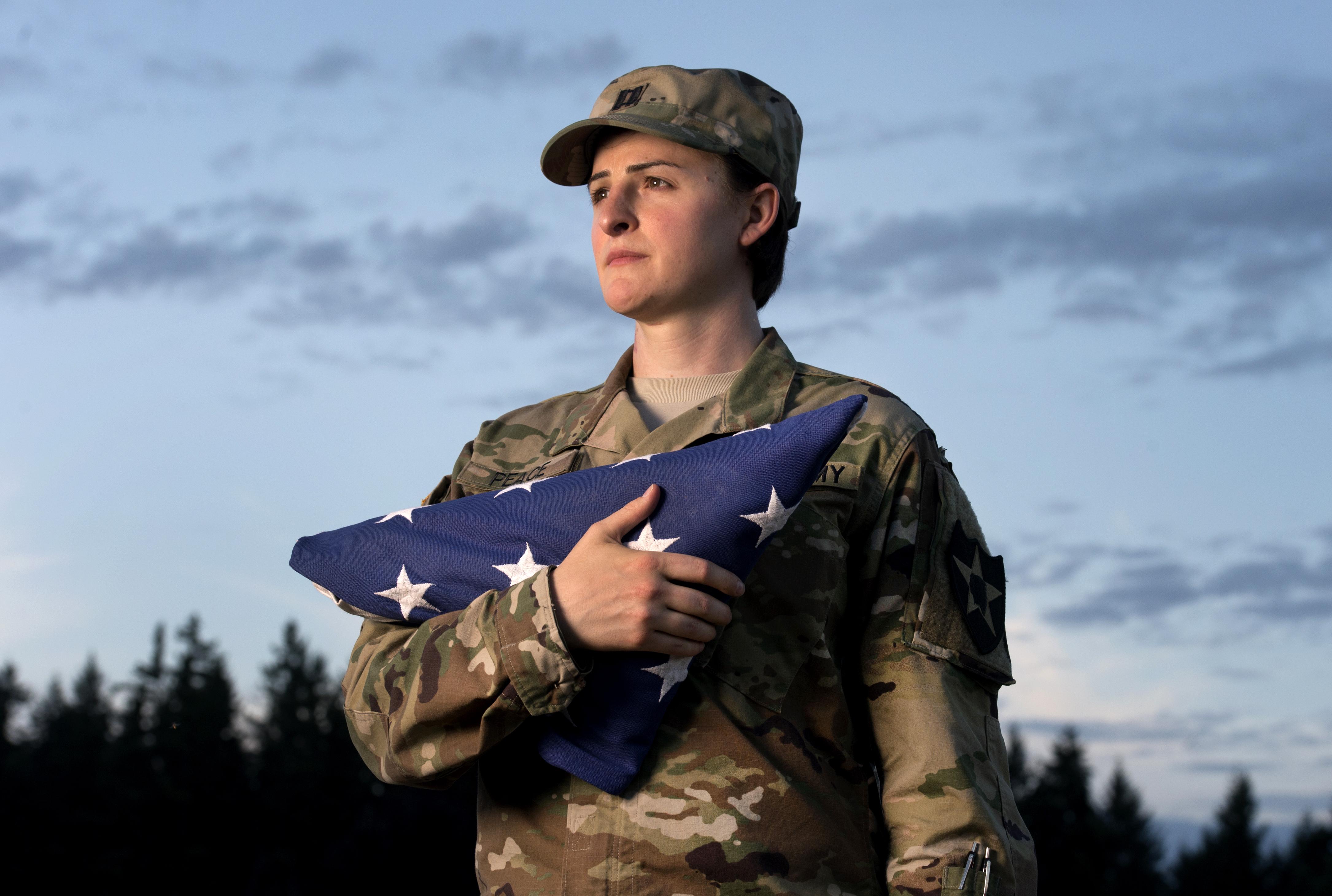 Trump directive sparks criticism among transgender troops