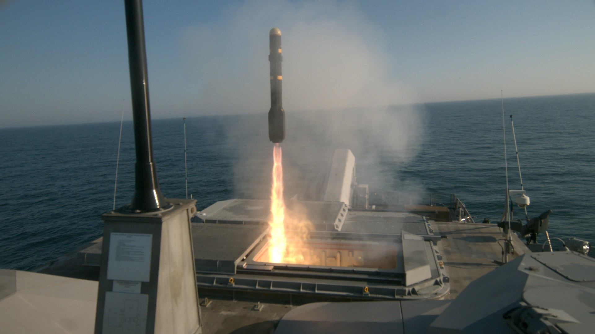 LCS Milwaukee fires Longbow missiles in mission module test