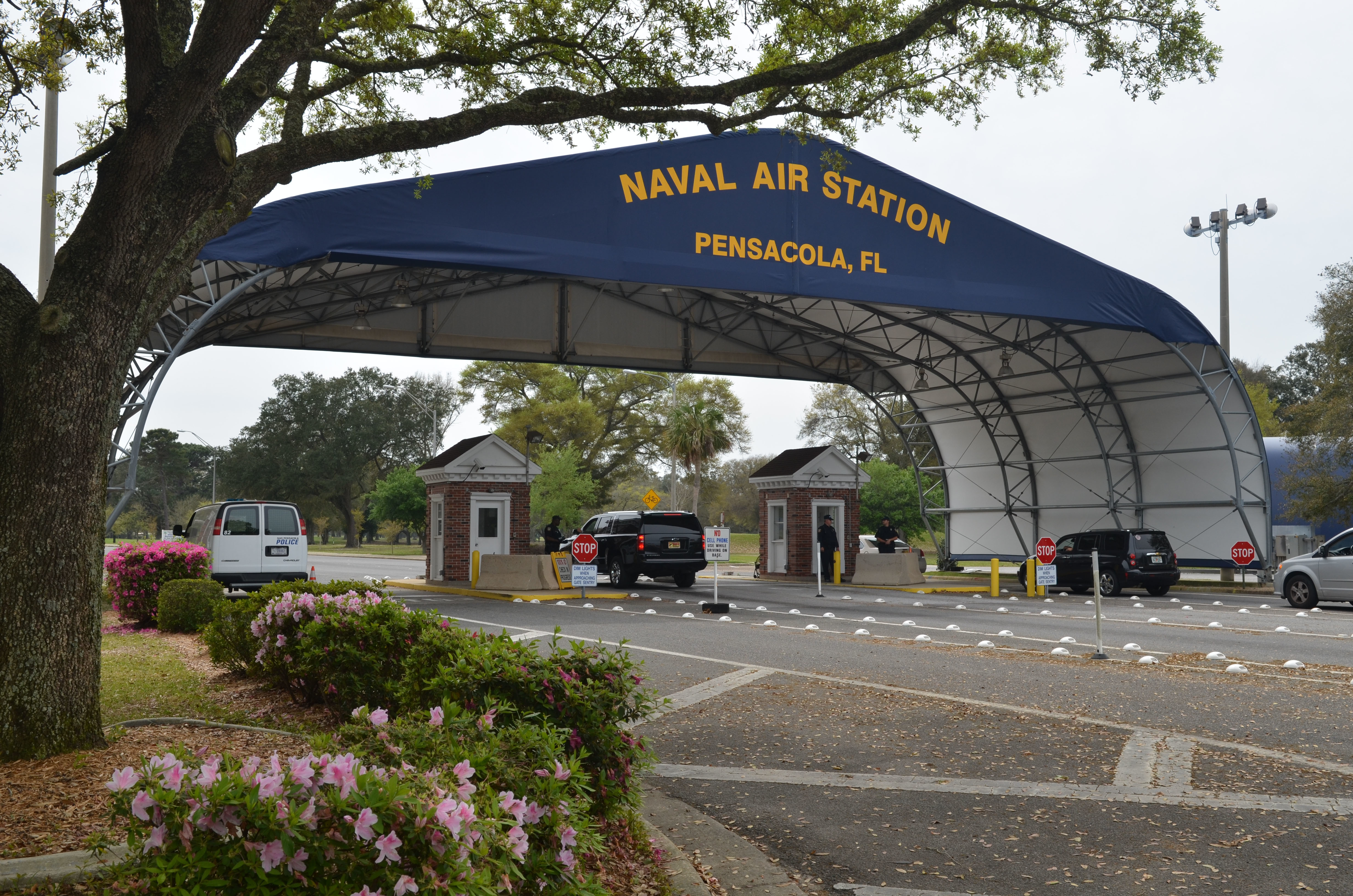 The main gate at Naval Air Station Pensacola is seen March 16, 2016, in Pensacola, Fla. (Patrick Nichols/Navy)
