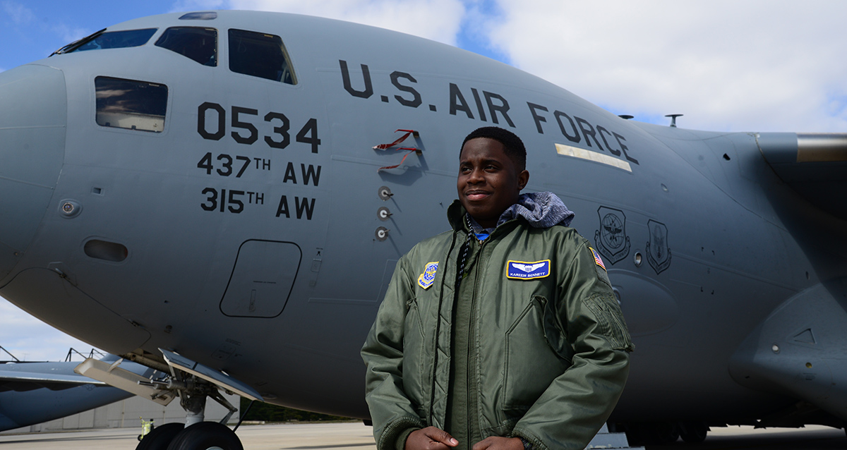 The Air Force's 'Pilot for a Day' program gave this teen with a chronic disease a respite