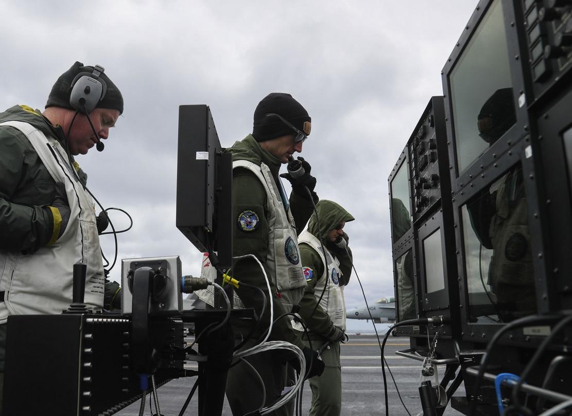 NAVY remotely lands jet on carrier using ATARI joystick