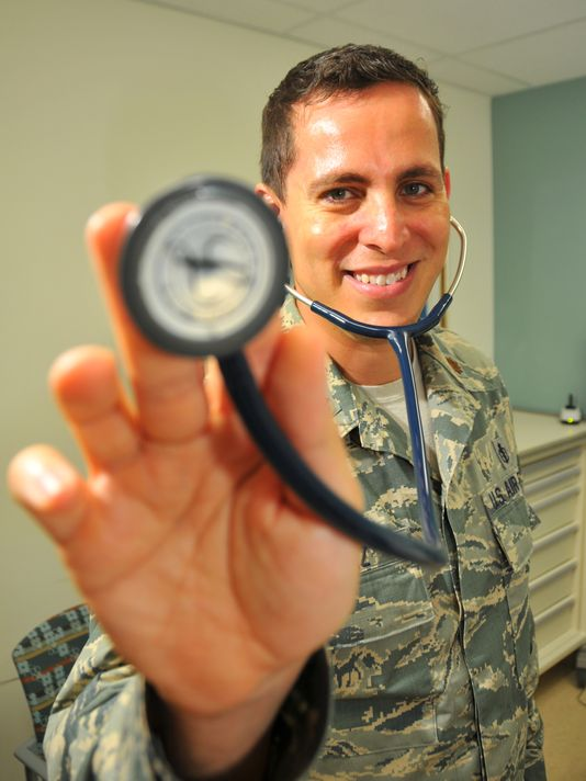 Off-duty Patrick AFB doctor springs into action after highway wreck