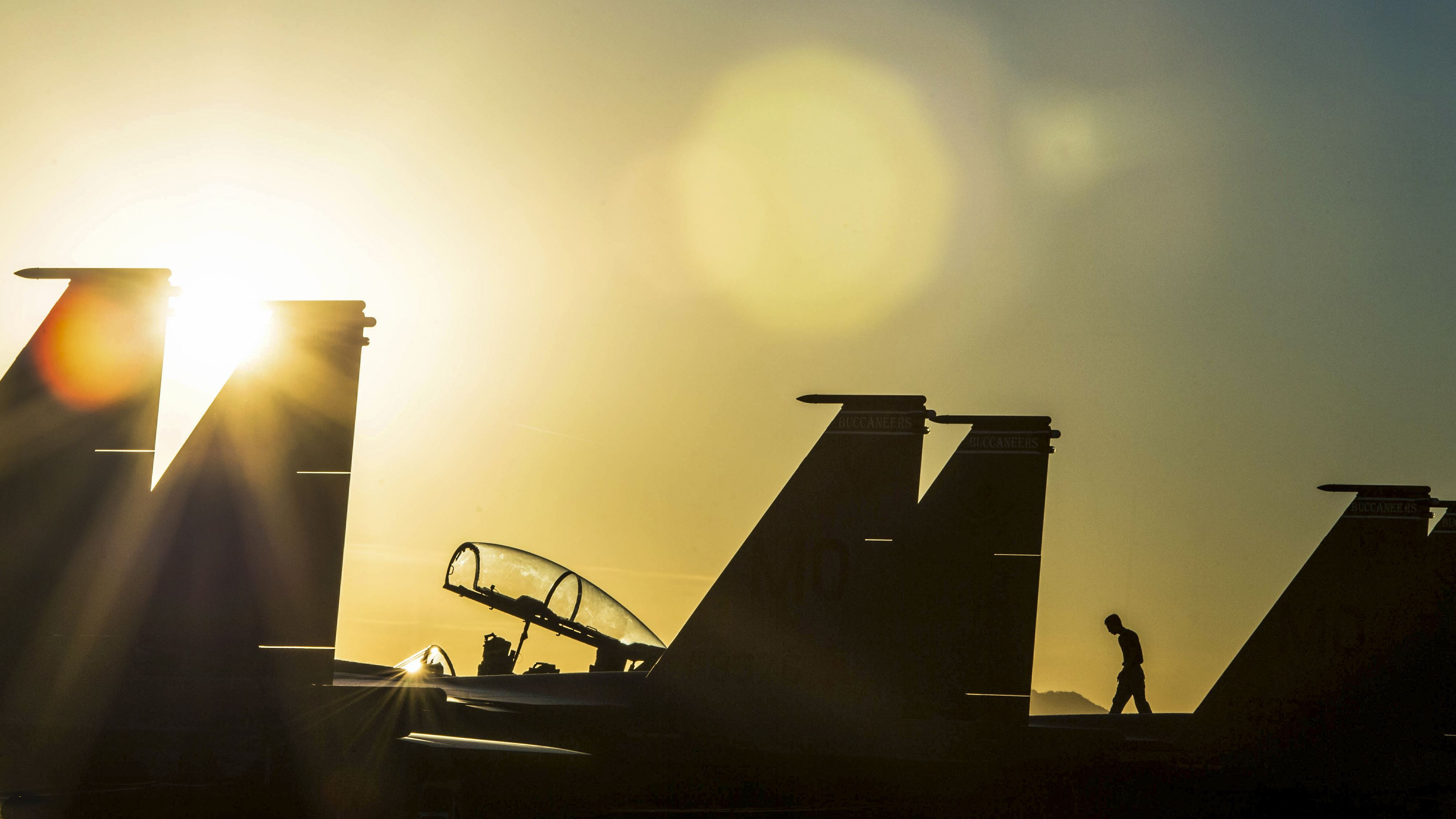 Air Force F-15SG Eagle aircraft assigned to the 428th Fighter Squadron sit on the flightline at Luke Air Force Base, Ariz., during Forging Sabre, a two-week exercise conducted by U.S. and Singaporean troops. (Staff Sgt. Jensen Stidham/Air Force)
