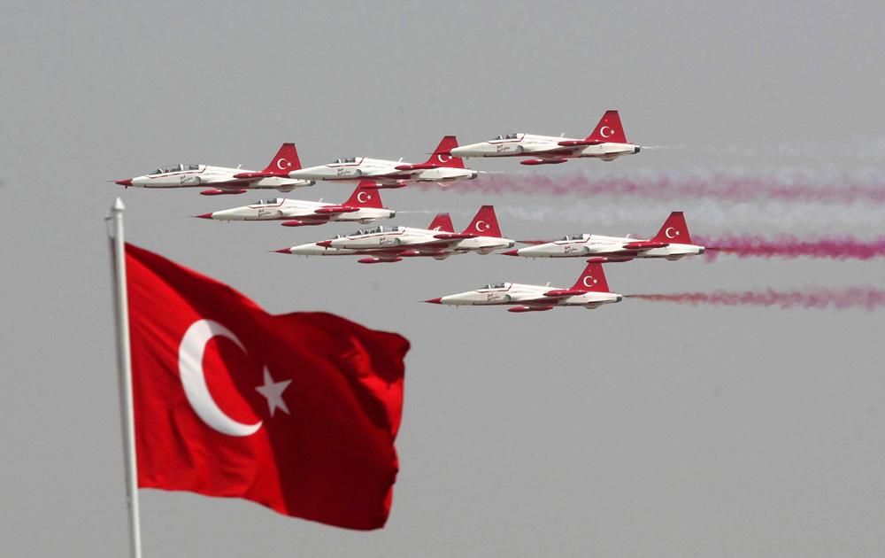 Turkey, UK officials meet over status of Turkish jet program