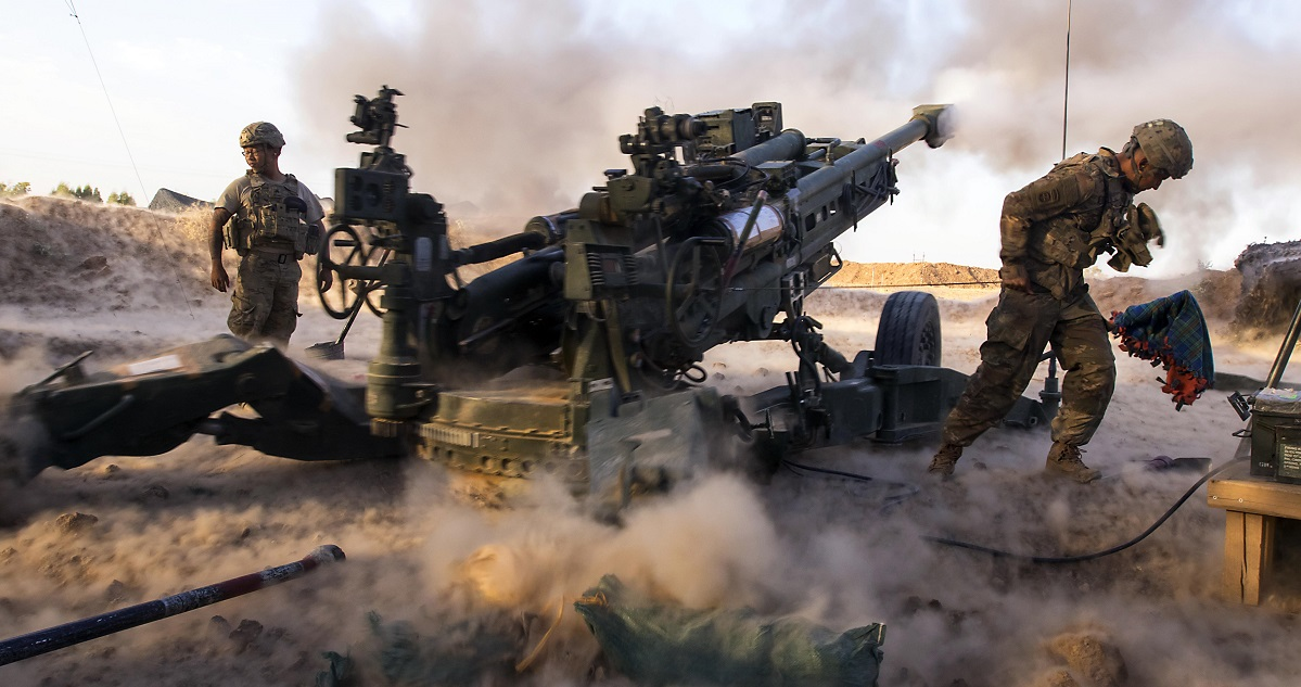 Paratroopers engage ISIS militants with precise artillery fire in support of Iraqi and Peshmerga fighters in Mosul, Iraq, July 6, 2017. The paratroopers are assigned to Charlie Battery, 2nd Battalion, 319th Airborne Field Artillery Regiment, 82nd Airborne Division. (Sgt. Christopher Bigelow/Army)