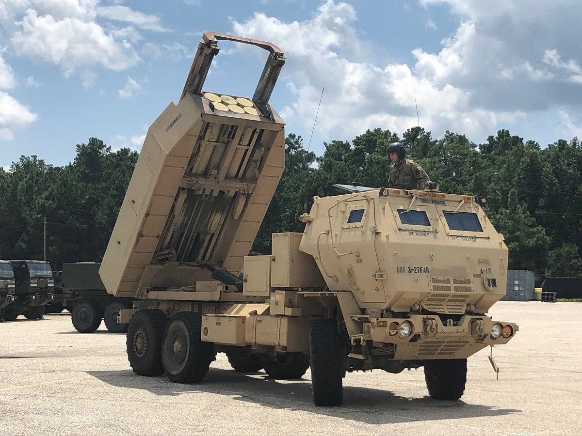 HIMARS performing a dry run with V8 software. Poland plans to purchase the system through a Foreign Military Sales deal. (Rachel Gray/U.S. Army)
