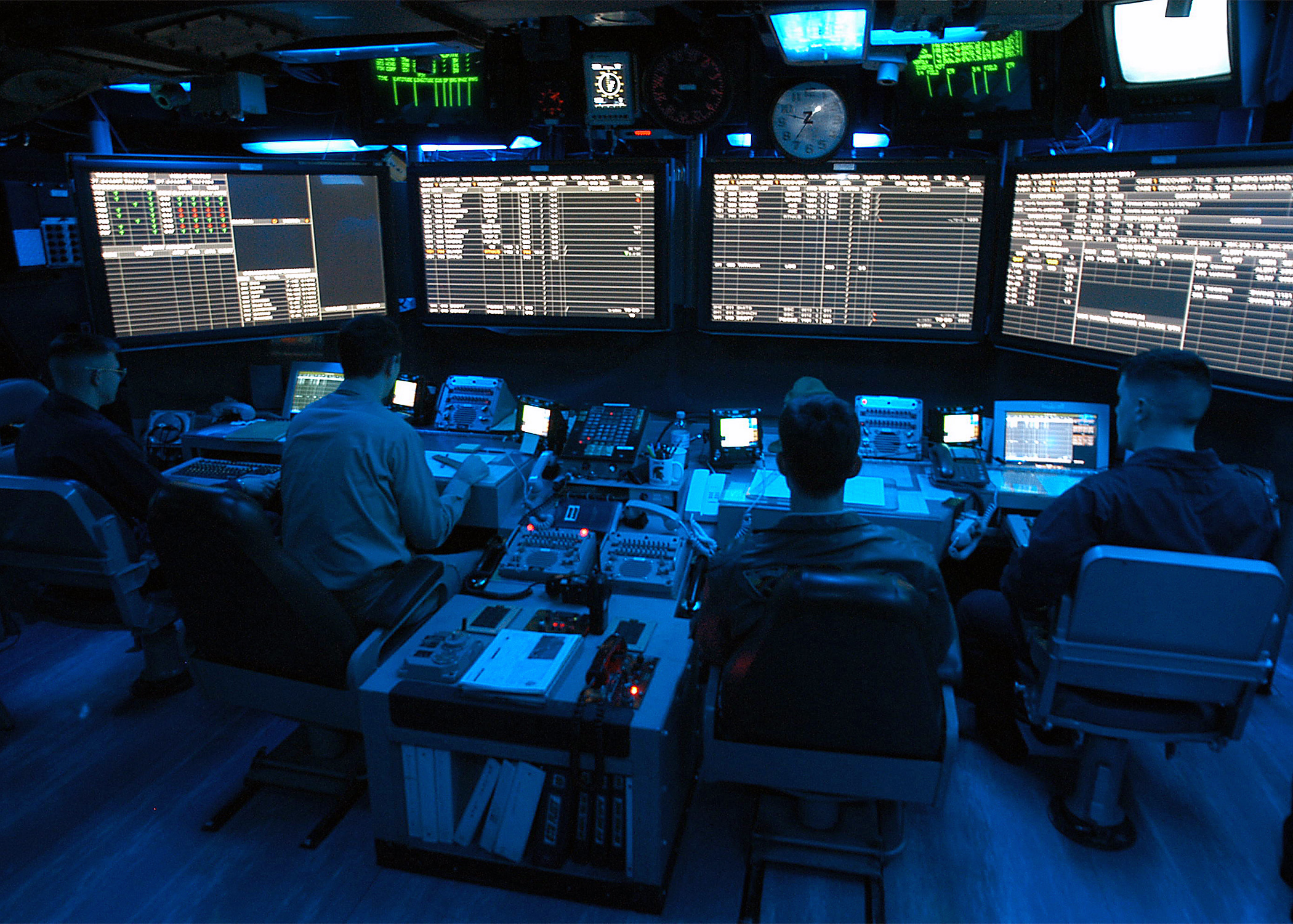 air traffic control highlights essays Awarded to students enrolled in air traffic control   candidates must submit an essay as per instructions under leadership iii   describe one of the projects listed in question i that highlights your leadership  skills,.