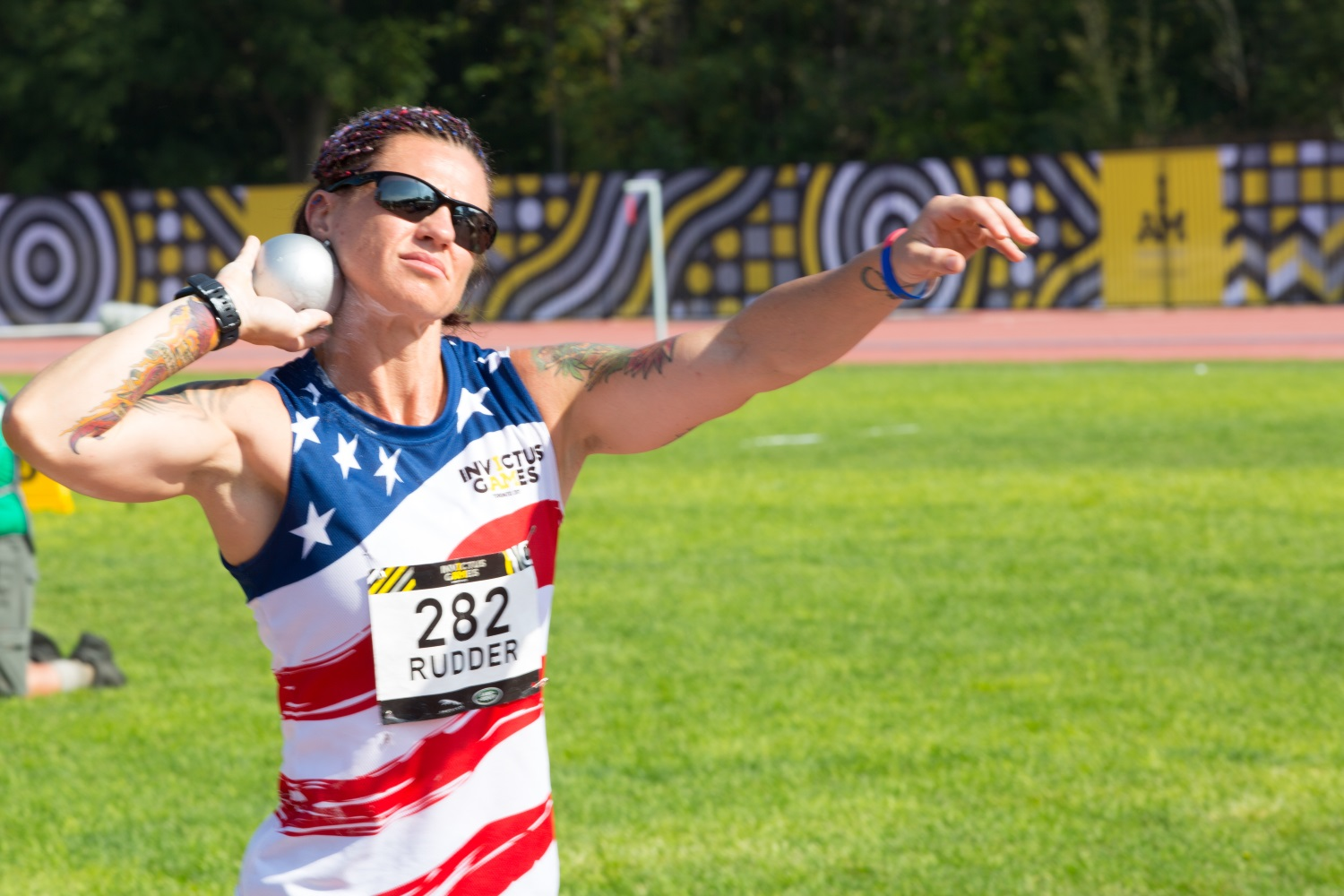 U.S. Marine Corps veteran Sarah Rudder prepares to throw a shot put at the York Lions Stadium in Toronto, Canada, on Sept. 25, 2017. (Spc. Samuel Brooks/Army)