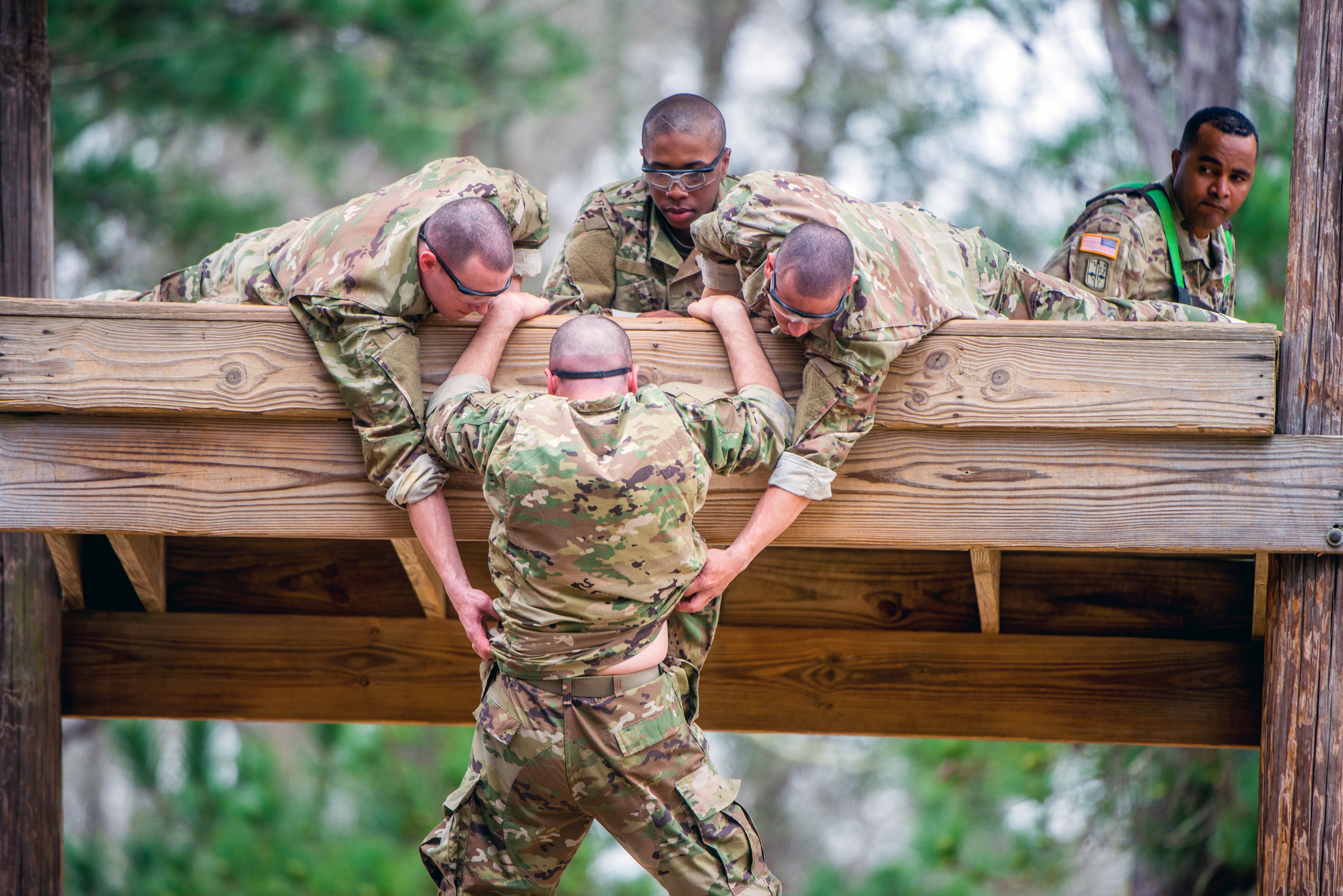 Trainees negotiate a confidence course on Feb. 27, 2019, at Sand Hill on Fort Benning, Ga. (Patrick Albright/Army)