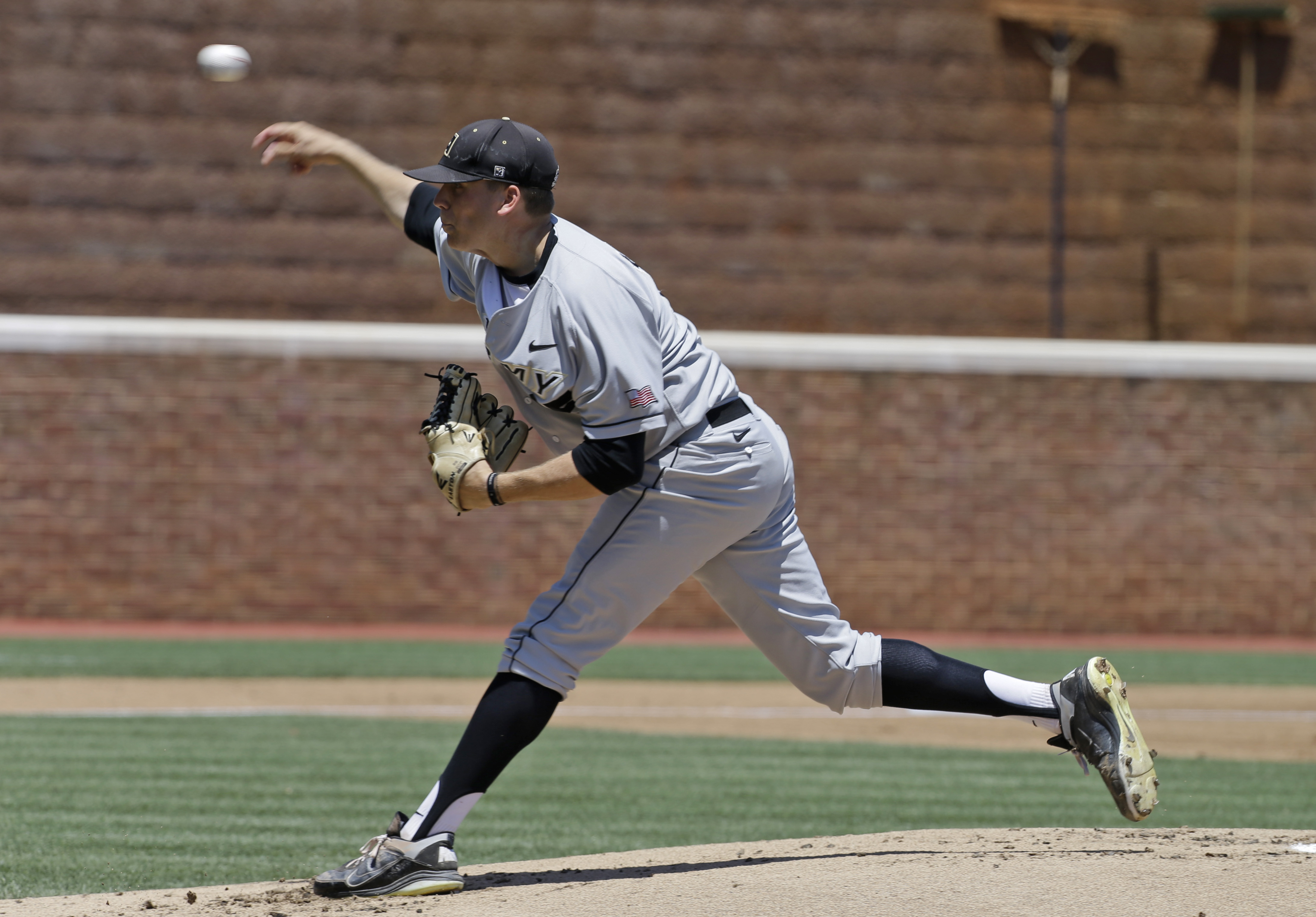 West Point grad to make MLB pitching debut ... in Canada
