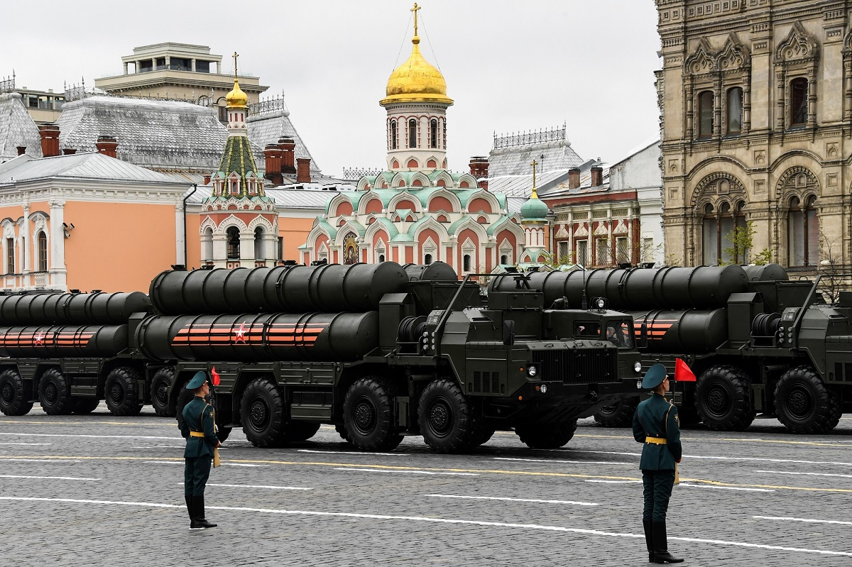 Russian S-400 Triumph medium-range and long-range surface-to-air missile systems ride through Red Square during the Victory Day military parade in Moscow on May 9, 2017. (Kirill Kudryavtsev/AFP/Getty Images)