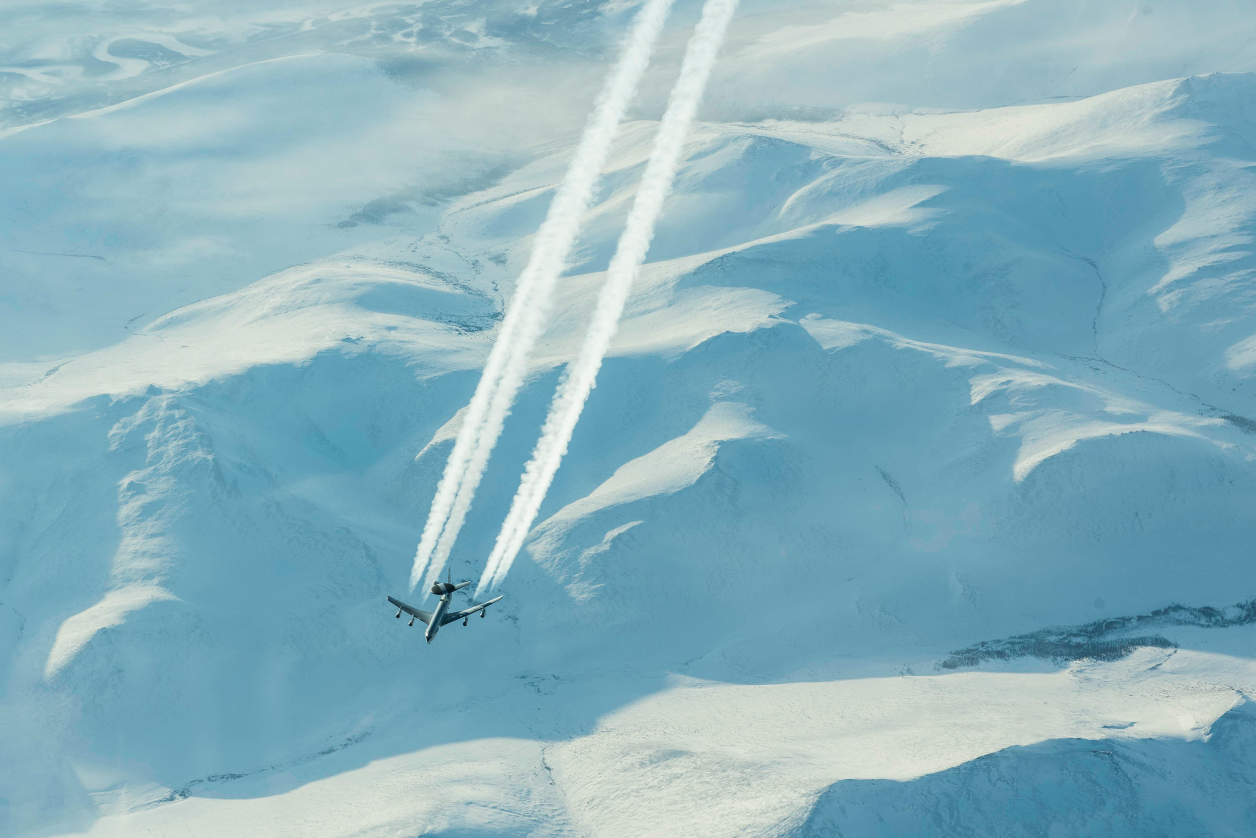 An E-3 Sentry mission to the high Arctic on March 10, 2020, supported by KC-135 Stratotankers. (NORAD)
