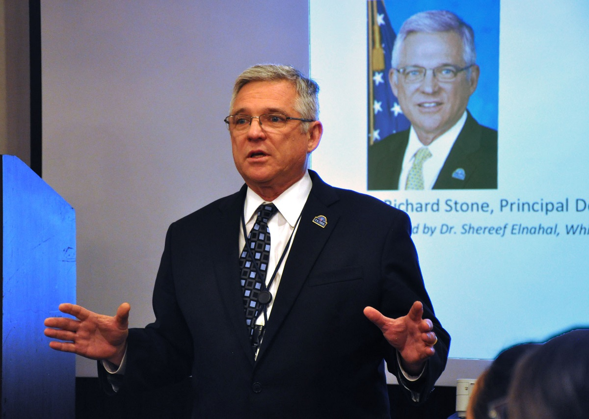 Dr. Richard Stone, then VA's Principal Deputy Under Secretary of Health, speaks at planning summit in March 2016. Stone returns to VA this week as the new acting head of VA health operations. (Kate Viggiano/Department of Veterans Affairs)