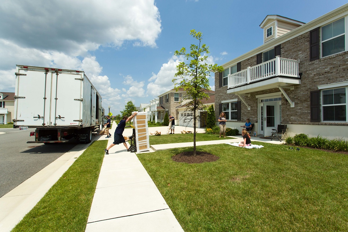 DoD-run website helps military movers home in on rental housing