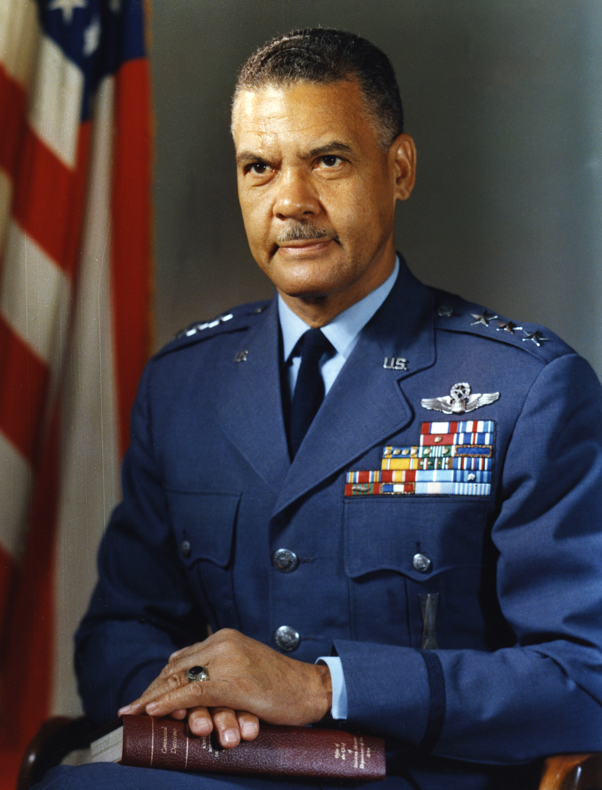 West Point barracks to honor Tuskegee Airmen leader