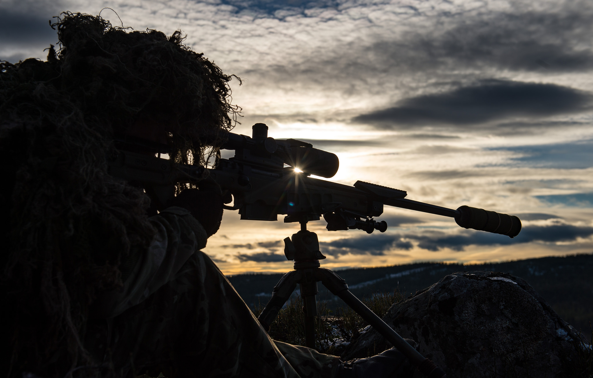 A British sniper from 1st Battalion, Royal Irish Regiment, prepares to fire his riffle Oct. 25, 2018, during joint sniper training as part of Exercise Trident Juncture 2018 in Rena, Norway. (Sgt. Marc-André Gaudreault/NATO)