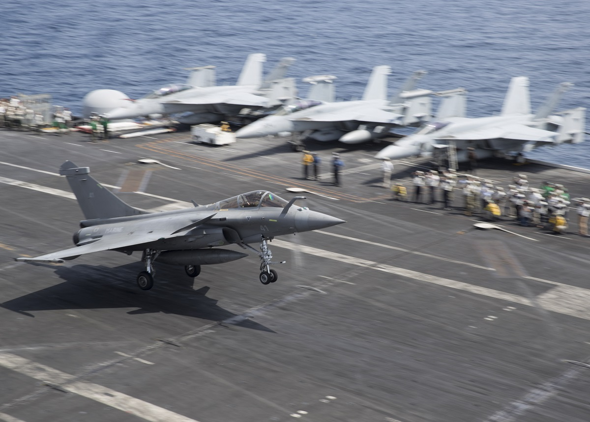 A French Dassault Rafale M fighter prepares to touch down on the flight deck of the Nimitz-class aircraft carrier Harry S. Truman. (U.S. Navy)