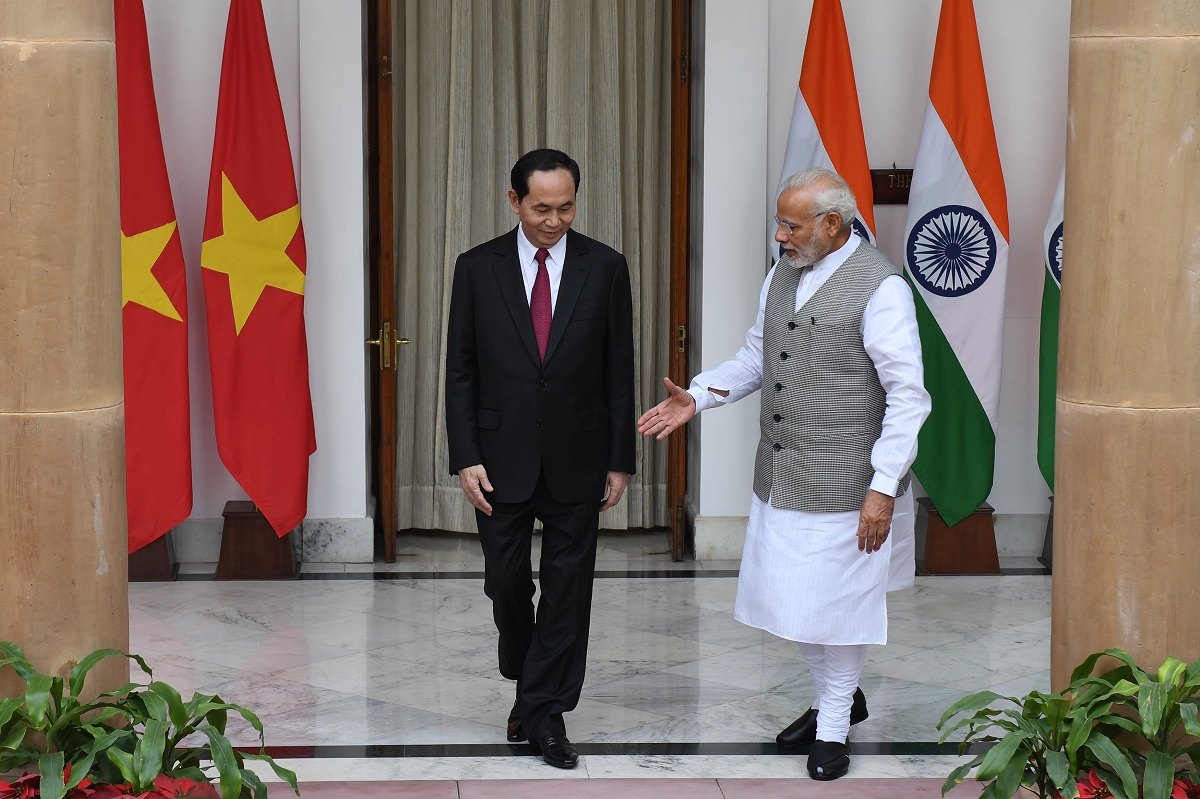 Can India 'make China behave itself'? New Delhi bolsters defense partnership with Vietnam