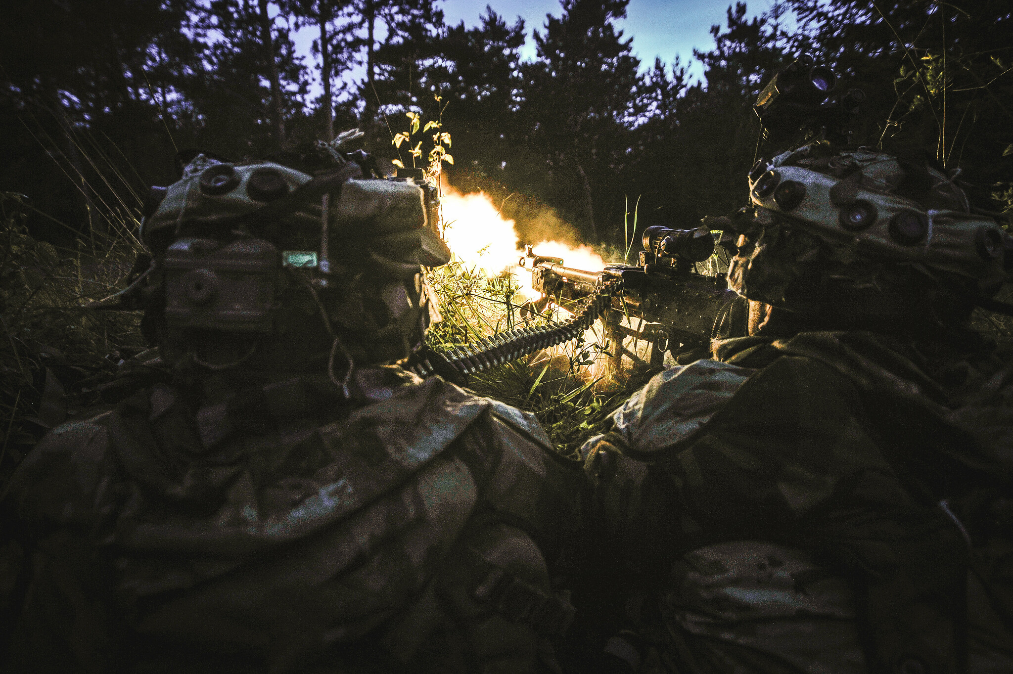 Army paratroopers react to contact while participating in Exercise Immediate Response at Pocek Training Area, Slovenia, May 15, 2019. (Army)