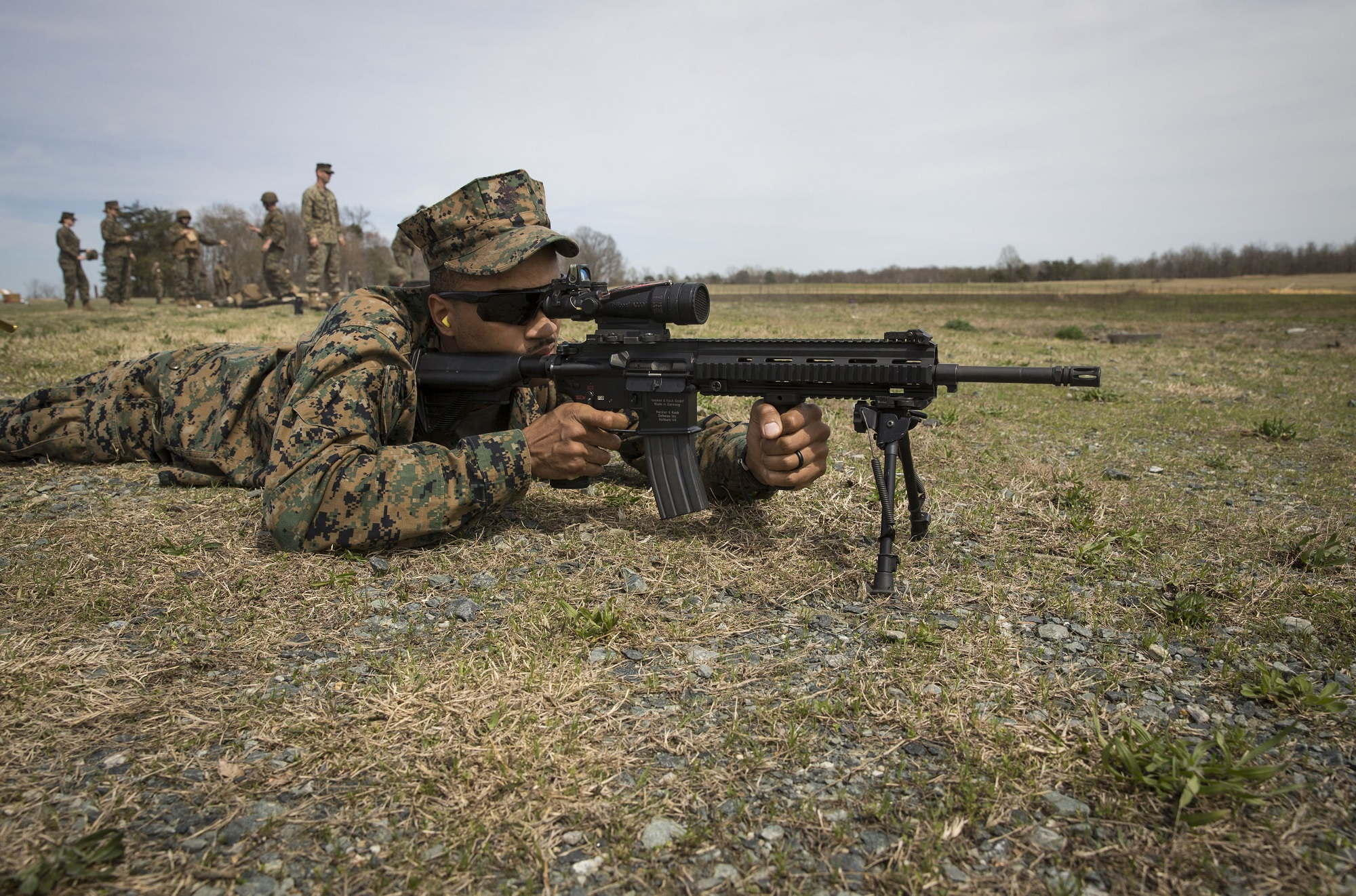Marines want 11,000 Infantry Automatic Rifles to replace M4 in every infantry squad