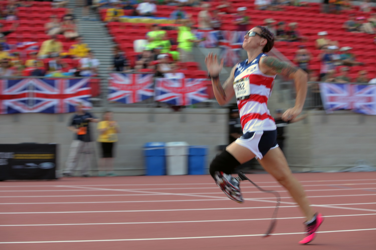 Retired Marine Corps Lance Cpl. Sarah Rudder competes in the Invictus Games' 200-meter dash event at York Lions Stadium in Toronto, Canada, on Sept. 24, 2017. Invictus Games includes wheelchair basketball, wheelchair rugby, sitting vollyball, archery, cycling, para-ice hockey, wheelchair tennis, powerlifting, golf, swimming and indoor rowing. (Staff Sgt. Daniel Luksan/Army)