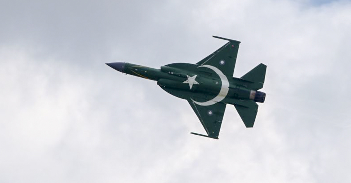 A Pakistani JF-17 Thunder performs its flying display at the Paris Air Show on June 17, 2019. (Eric Piermont/AFP via Getty Images)