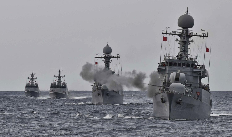 South Korea displays military strength amid North Korean crisis