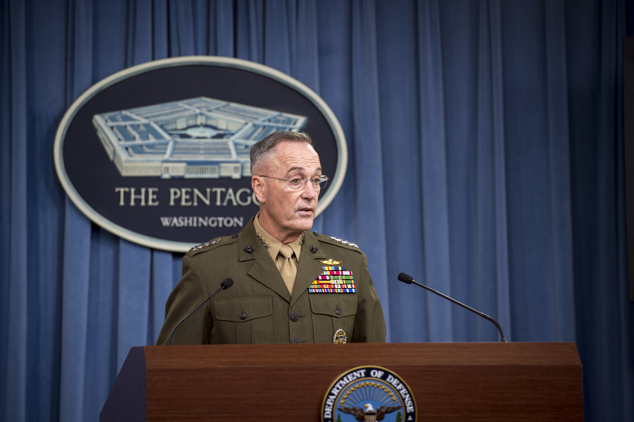 U.S. Marine Corps Gen. Joe Dunford, chairman of the Joint Chiefs of Staff, speaks with media during a briefing Oct. 23, 2017, at the Pentagon. (Air Force Tech. Sgt. Brigitte N. Brantley/DoD)