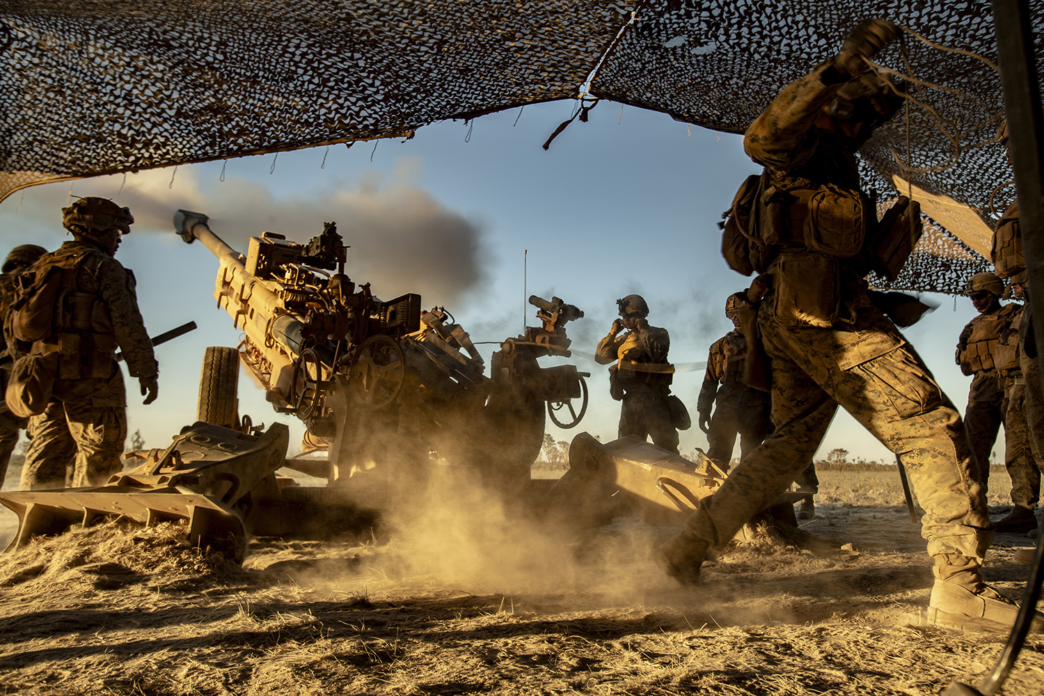 U.S. Marines with the Ground Combat Element, Marine Rotational Force - Darwin, fire an M777 howitzer during Exercise Koolendong at Mount Bundey Training Area, NT, Australia, Aug. 27, 2019. (Lance Cpl. Nicholas Filca/Marine Corps)